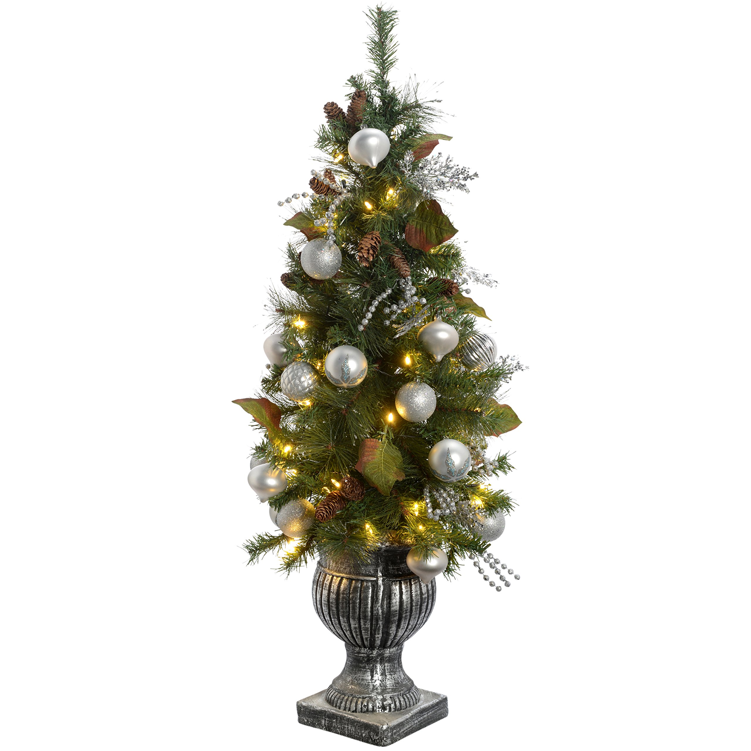 Werchristmas Pre Lit Potted Christmas Tree With 50 Warm