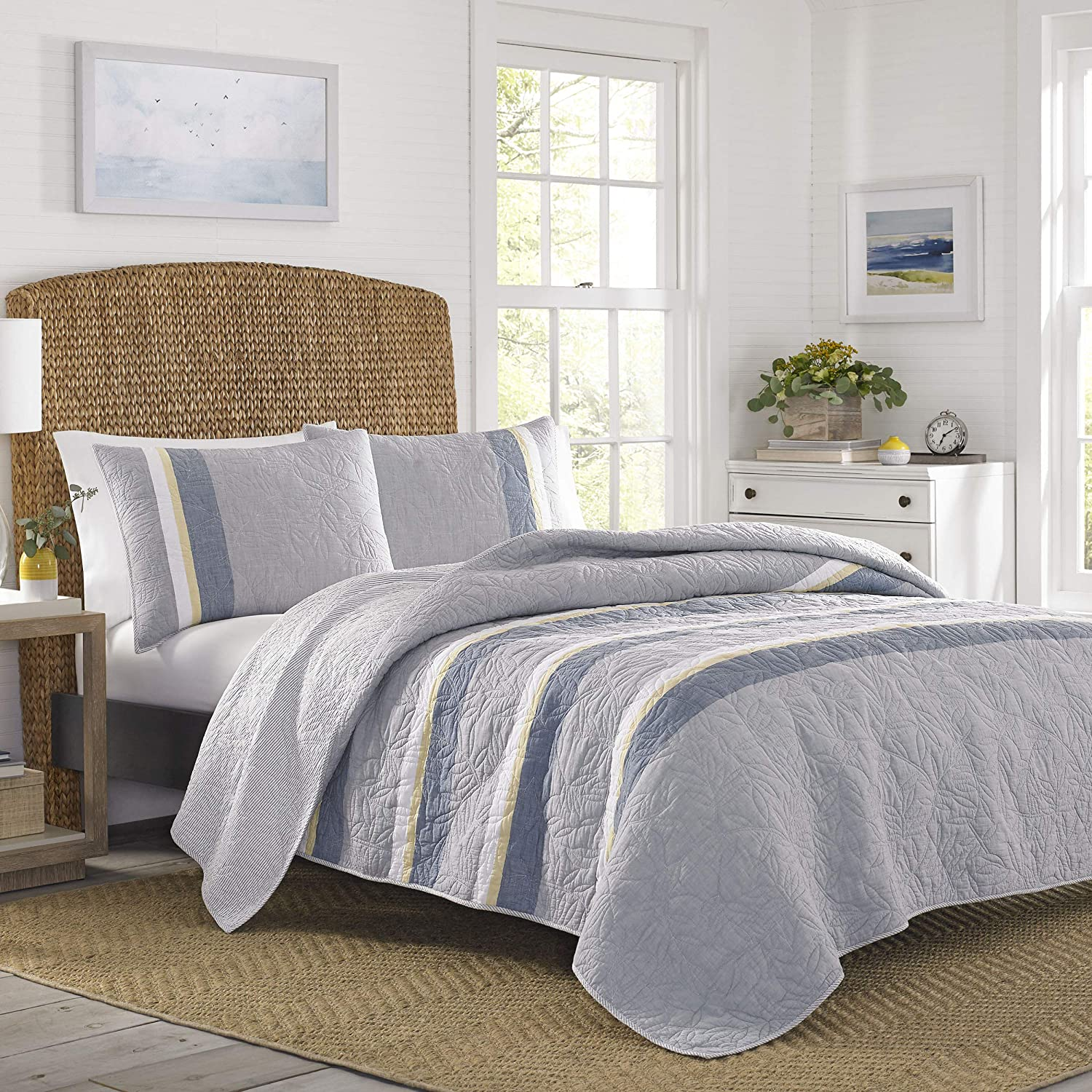 Nautica Sea Palms Quilt, King, Grey