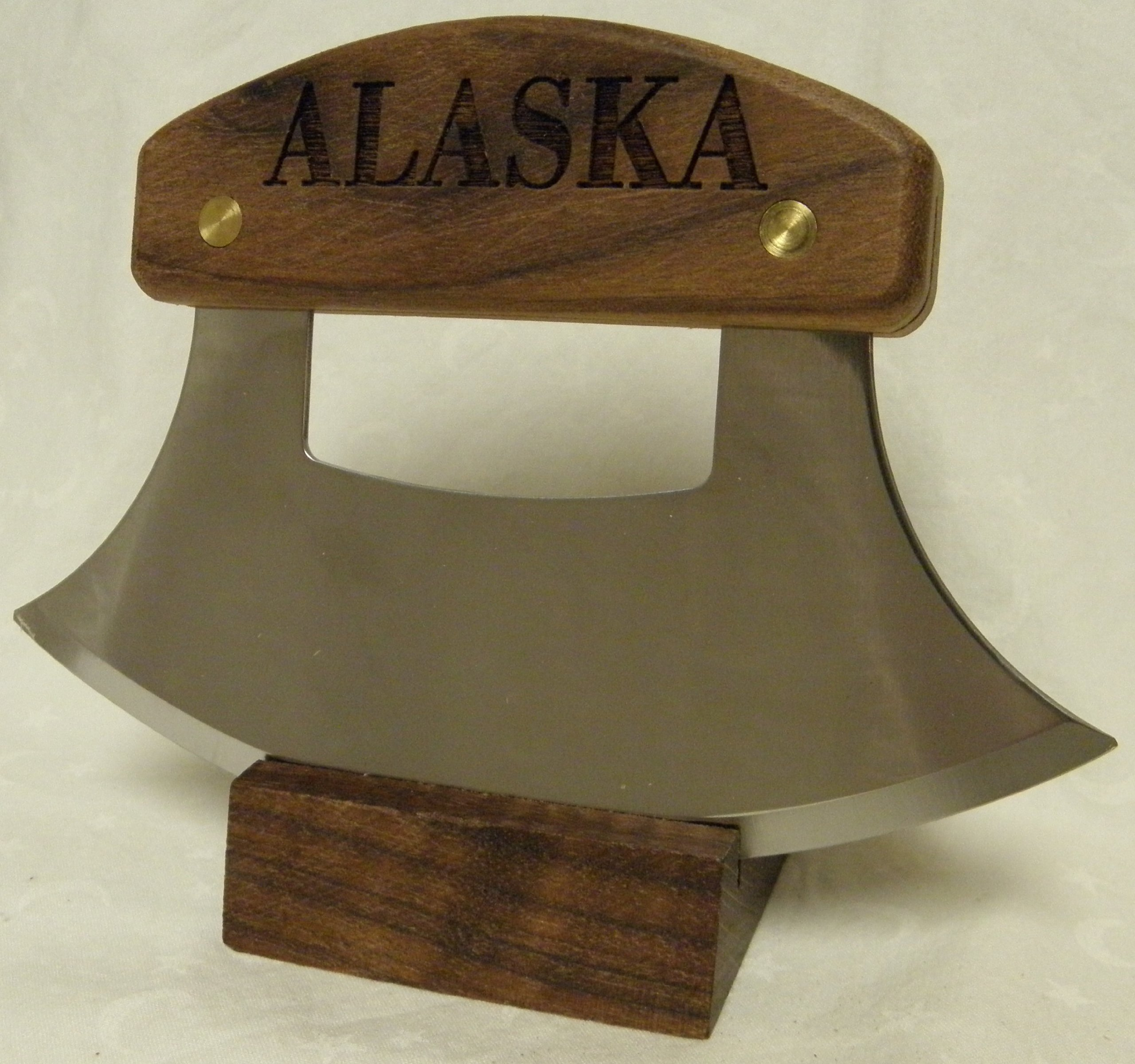 Alaskan Ulu, Inupiat Style with ''Alaska'' Etched Walnut Handle, 6''