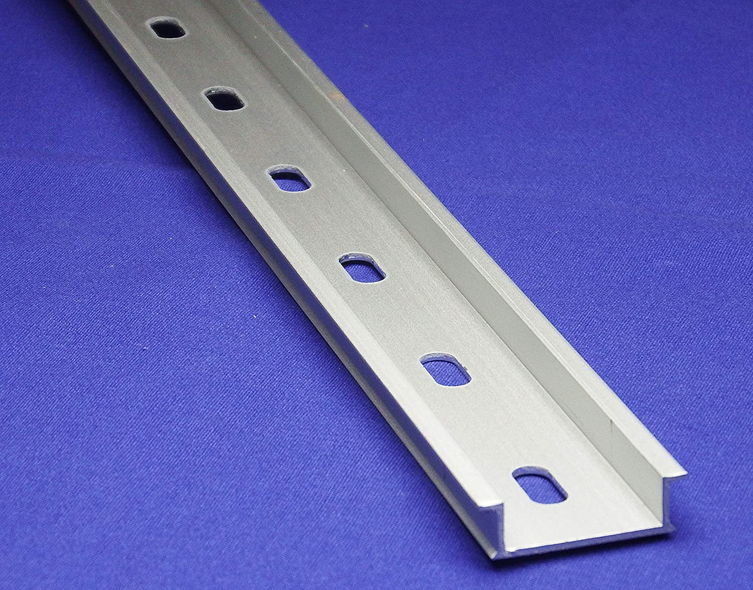 2m Length x 35mm Width x 7.5mm Height 20 Pcs Slotted Design Steel DIN Mounting Rail