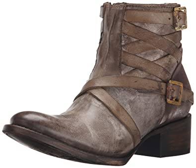38ac53dfca5 Amazon.com  Freebird Women s Sammi Boot  Shoes
