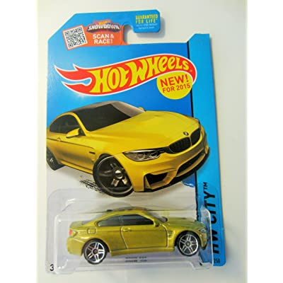 Hot Wheels 2015 HW City BMW M4 24/250, Gold: Toys & Games