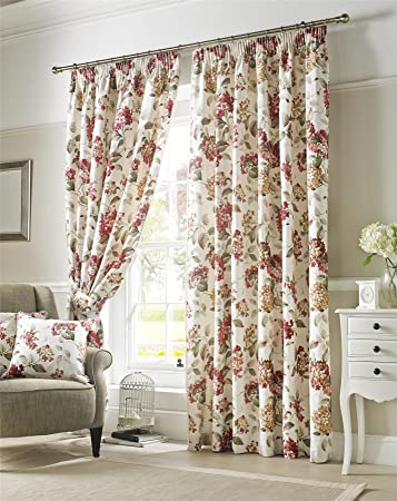 amazon com homescapes cream and red chintz floral curtain pair