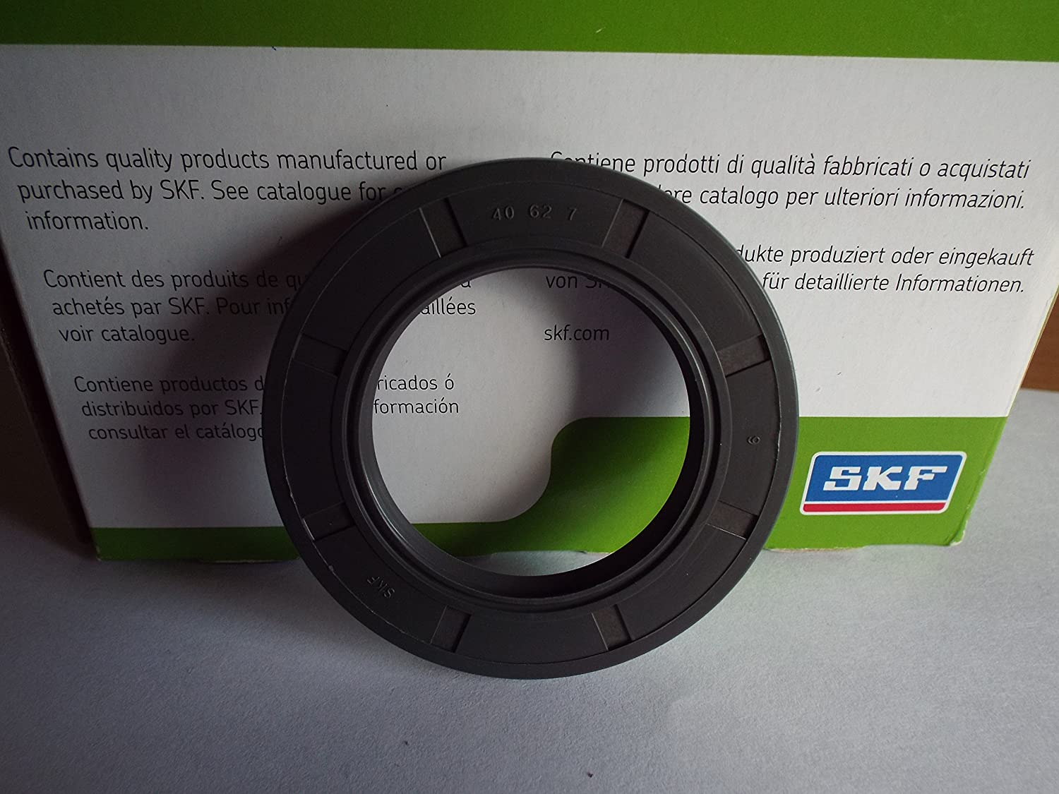 SKF 40x62x7mm Oil Seal Double Lip R23/TC Nitrile Rubber Garter Spring Lancashire Seals