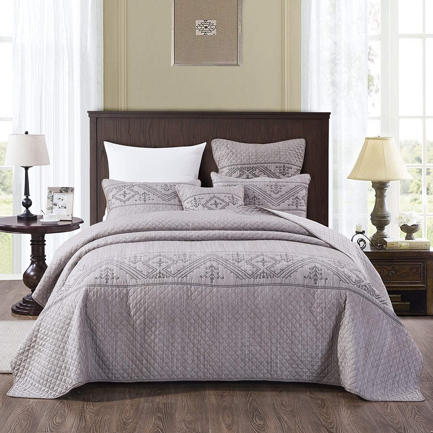 DaDa Bedding Dainty Cottage Fair Isle Bedspread - Light Purple Grey Yarn Dyed Jersey Fabric Quilted Coverlet Set - Soft Needle Stitching Embroidery Pattern - Full Size - 3-Pieces