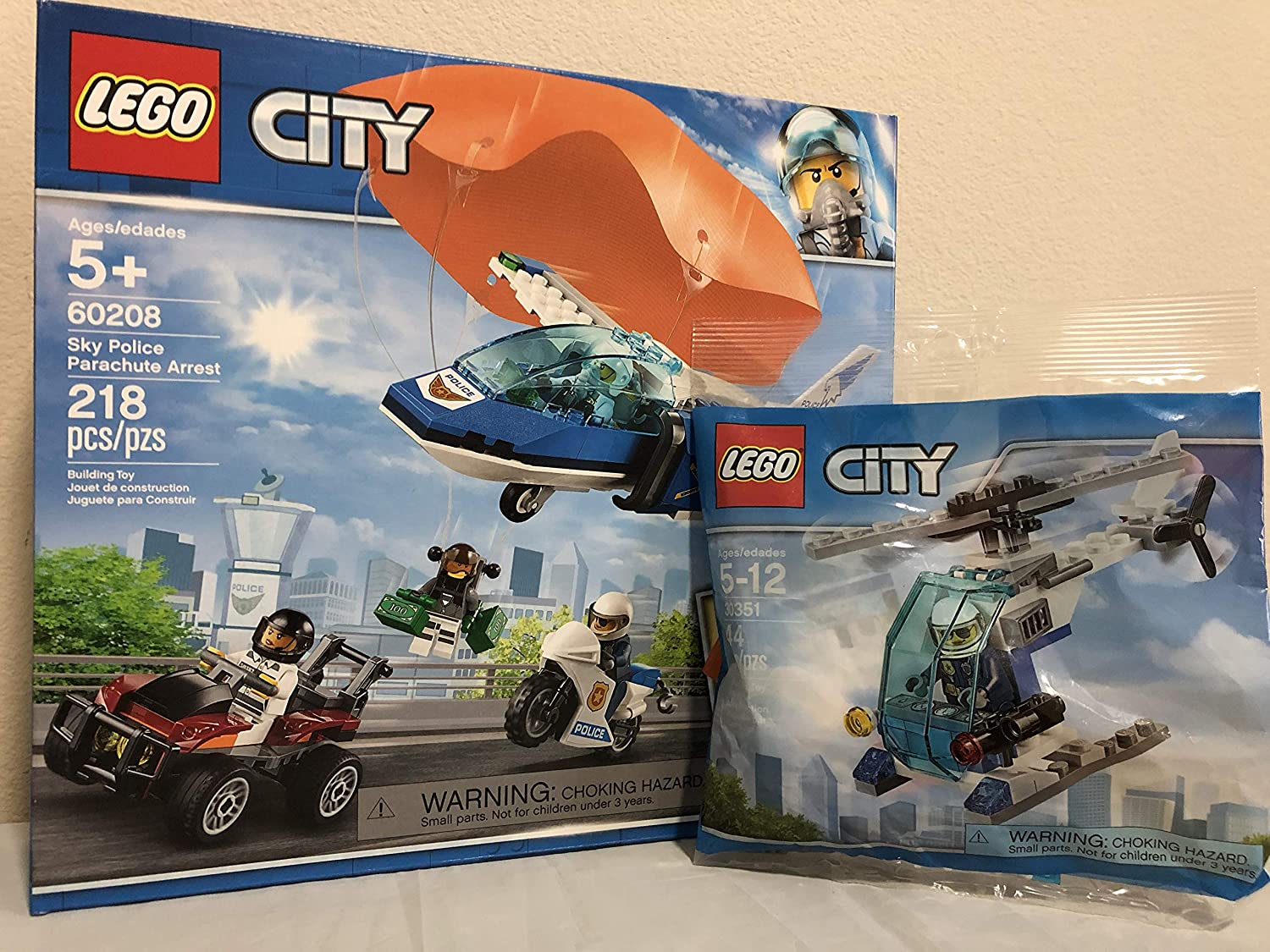 LEGO City Sky Police Parachute Arrest Bundle City Police Helicopter Bagged