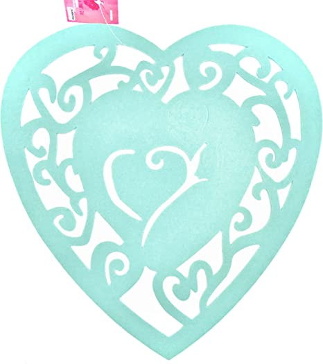 Amazon Com Valentine S Day Heart Placemat Set Of 4 Placemats Felt Heart Cutouts Pastel Green Hearts Home Kitchen