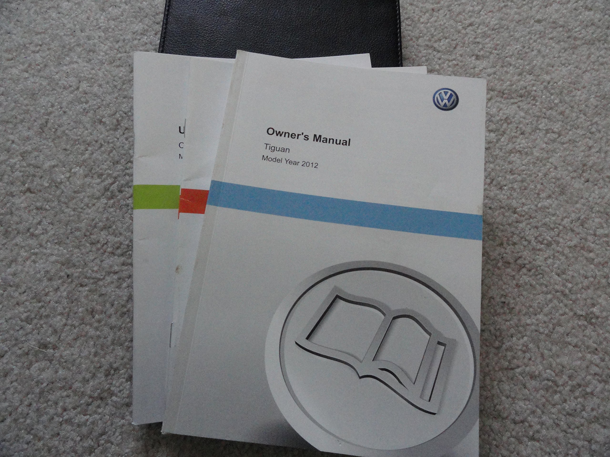 2012 volkswagen tiguan owners manual vw amazon com books rh amazon com VW Touran 2016 VW Tiguan