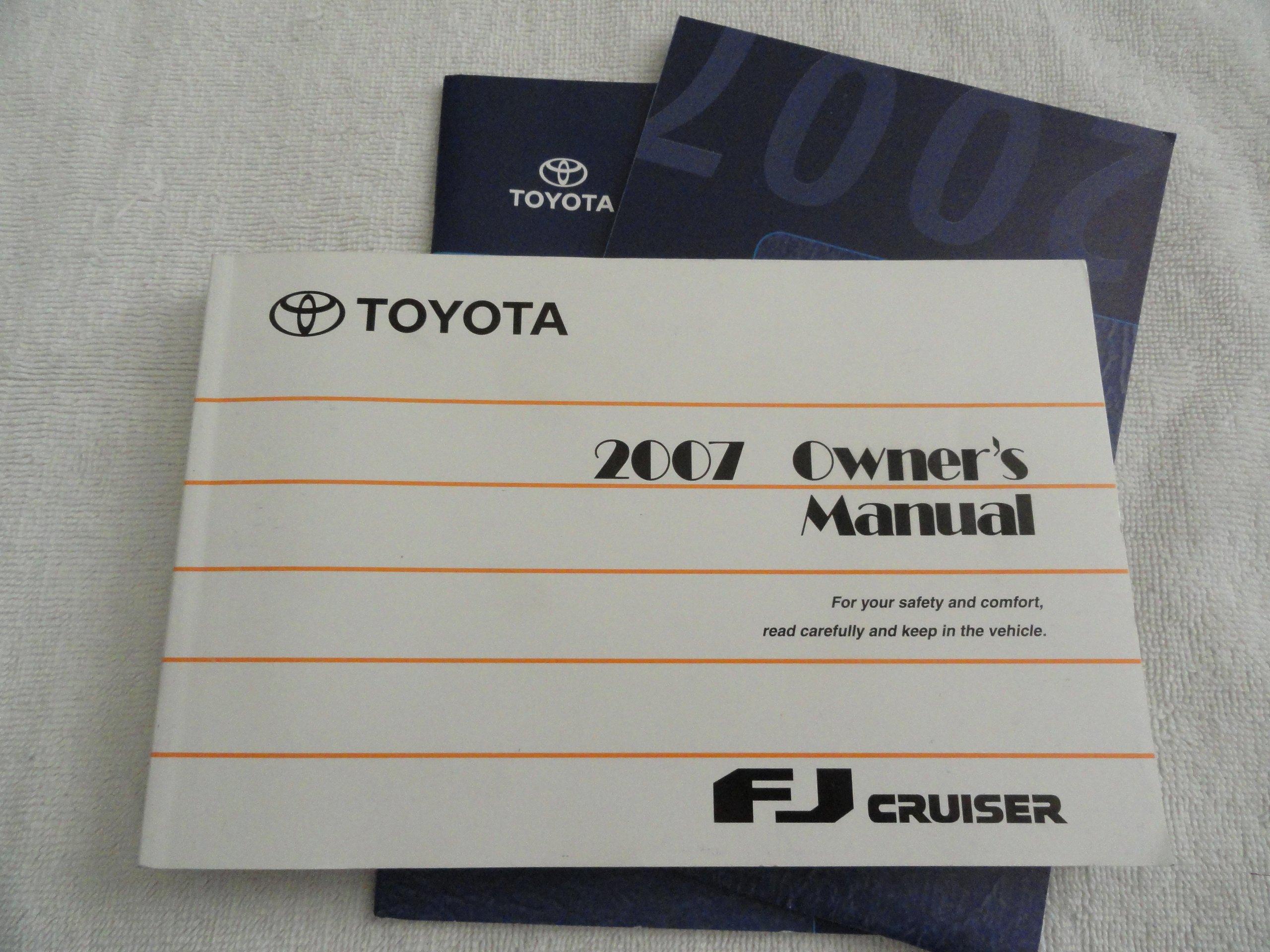 2007 Toyota FJ Cruiser Owners Manual: Toyota Motor Sales CO. LTD.:  Amazon.com: Books