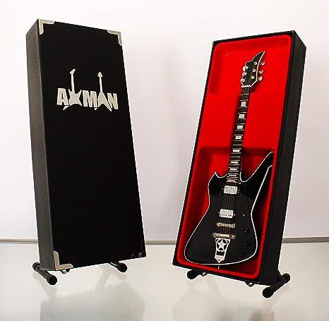 Paul Stanley (Kiss): Washburn PS-500 - Réplica de guitarra en ...
