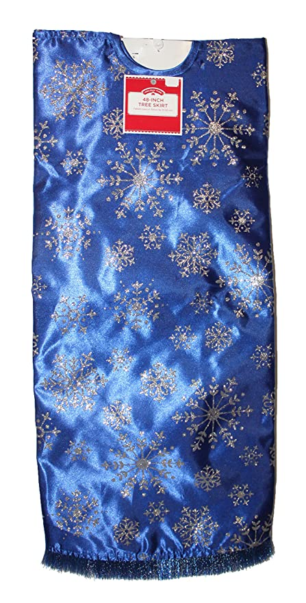 263ccfec67 Amazon.com: Dazzling Deals Blue Tree Skirt with Silver Snowflakes: Home &  Kitchen