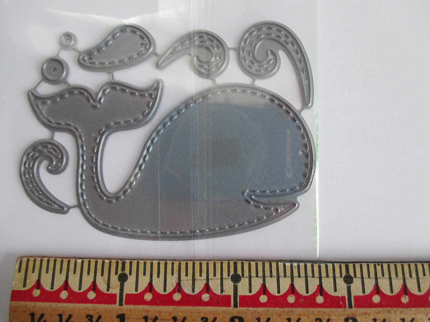 Impression Obsession craft die Patchwork Whale