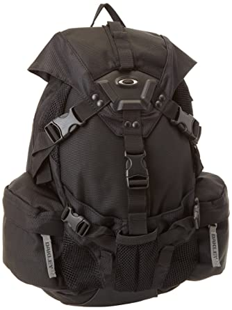 adf16d86238 Oakley Bags 92355 001 Black Small Icon Backpack Sunglasses  Amazon.co.uk   Clothing