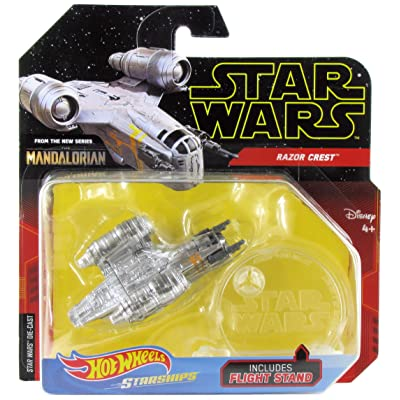 Hot Wheels Star Wars Starships Mandalorian Razor Crest: Toys & Games