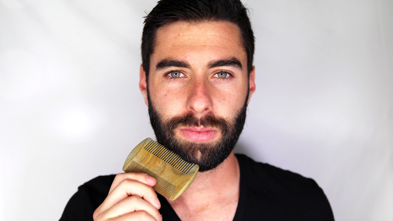 ایگرد - خرید از آمازون | Beard Comb Kit by One Handsome Man