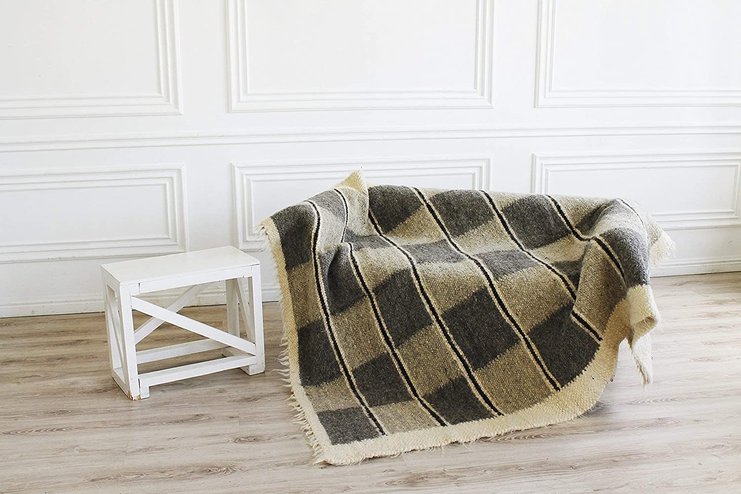 Image of 100 Wool Throw Blanket Checkerboard Pattern Hand Woven Plaid Bed Sofa Cover Modern Home Decor Home and Kitchen