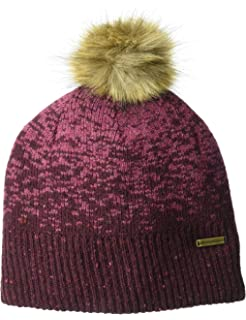 fc05414cd87d4 Amazon.com  Outdoor Research Emerson Beanie