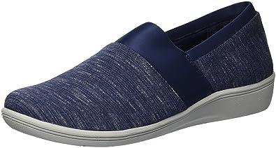 13a6cee1a9 Amazon.com   Copper Fit Women's Restore a Line Sneaker   Fashion ...