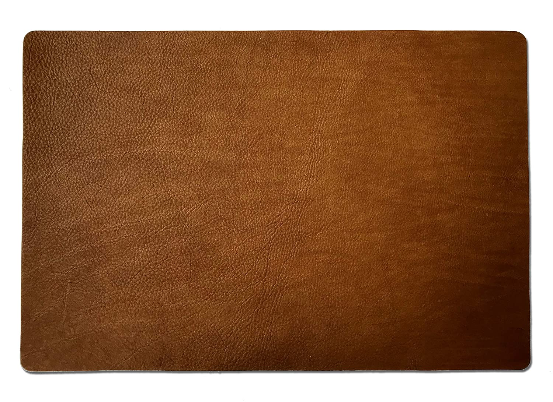 VEDGLA Echtleder Tischset– Platzset – Tischuntersetzer – eckig, im 4er Set mit Glasuntersetzern, aus hochwertigem Rindsleder, Made in Germany, ca 46 x 31 cm, Farbe Cognac