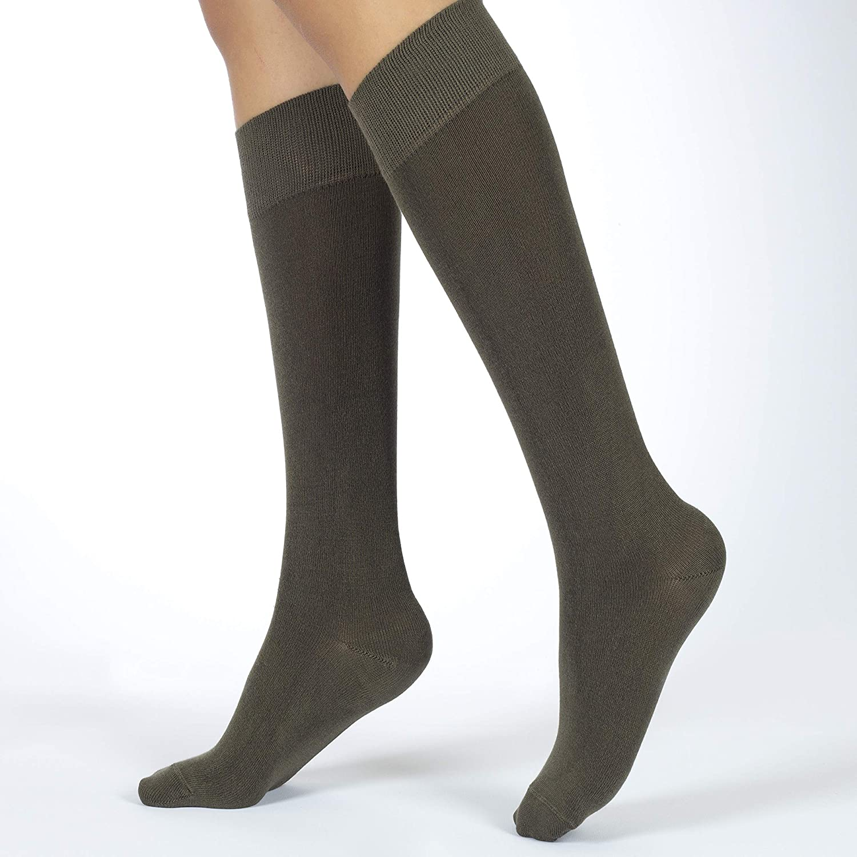f13e05b34 Hugh Ugoli 4 Pairs Lightweight Bamboo Women s Knee High Socks at Amazon  Women s Clothing store