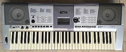Electrónica teclado Yamaha PSR-E403 utilizada