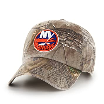 19890a1eedf97 NHL New York Islanders Realtree Clean Up Adjustable Hat
