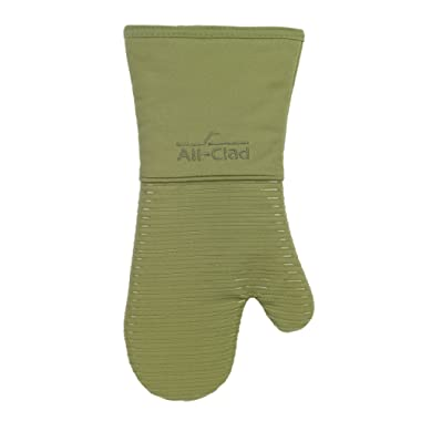 All Clad Textiles Deluxe Heat and Stain Resistant Oven Mitt. Made of Silicone Treated Heavyweight 100-Percent Cotton Twill, Machine Washable, 14 x 6.5 Inches, Sage Green