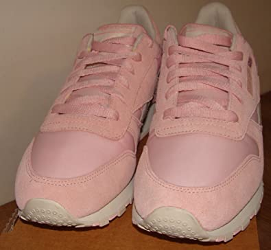 5fe45d3b19b Reebok Classic Womens Pink Suede Textile Trainers Size 8  Amazon.co.uk   Shoes   Bags