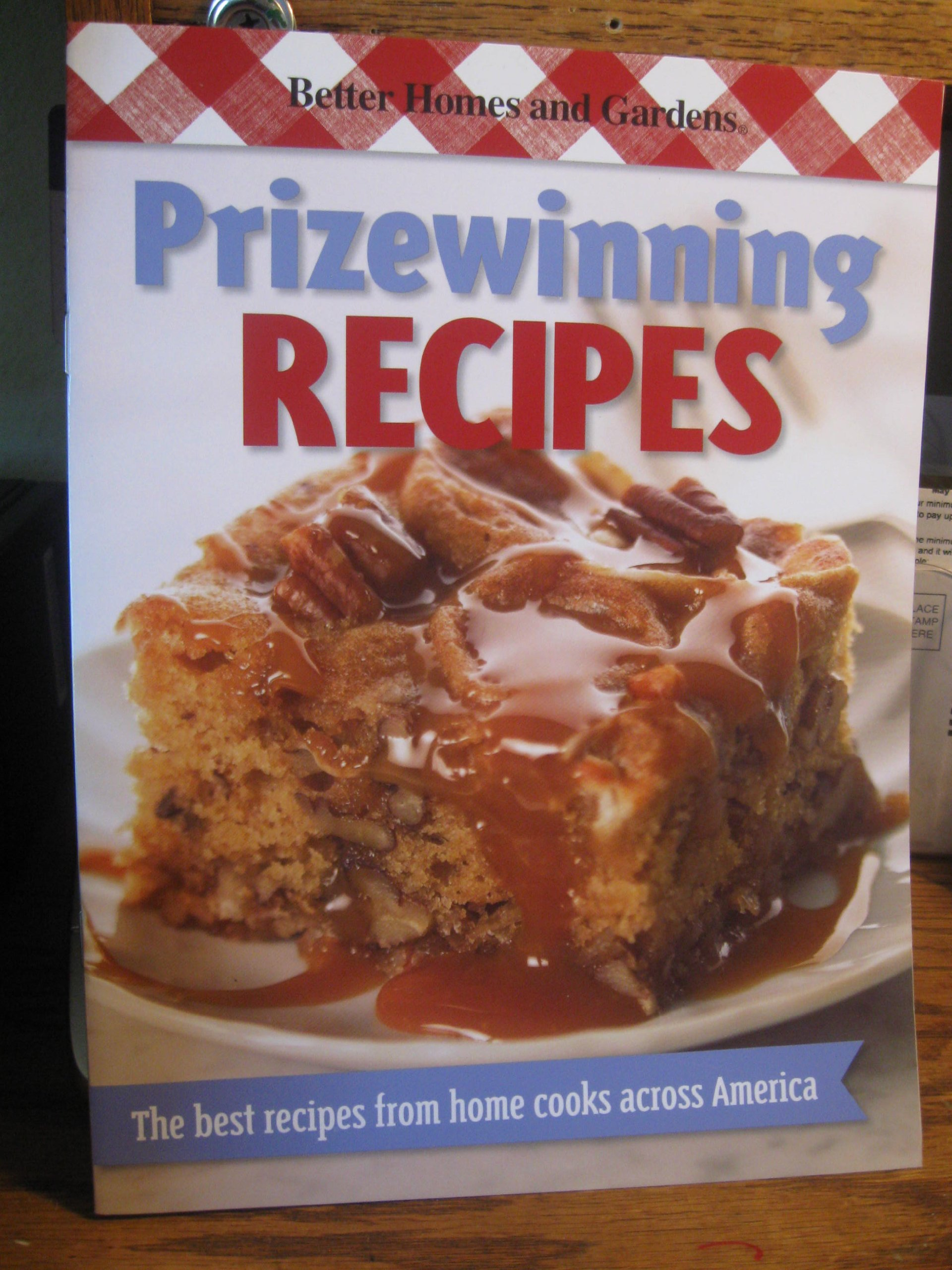 Better Homes and Gardens New Cook Book, Limited Edition: Prizewinning Recipes Better Homes & Gardens: Amazon.es: Gayle Butler, Better Homes and Gardens, ...