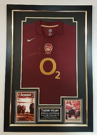 4ca4162e866 WWW.SIGNEDMEMORABILIASHOP.CO.UK Rare Thierry Henry of Arsenal Signed ...