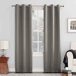 "Sun Zero 53456 Easton Blackout Energy Efficient Grommet Curtain Panel, 40"" x 84"", Gray"