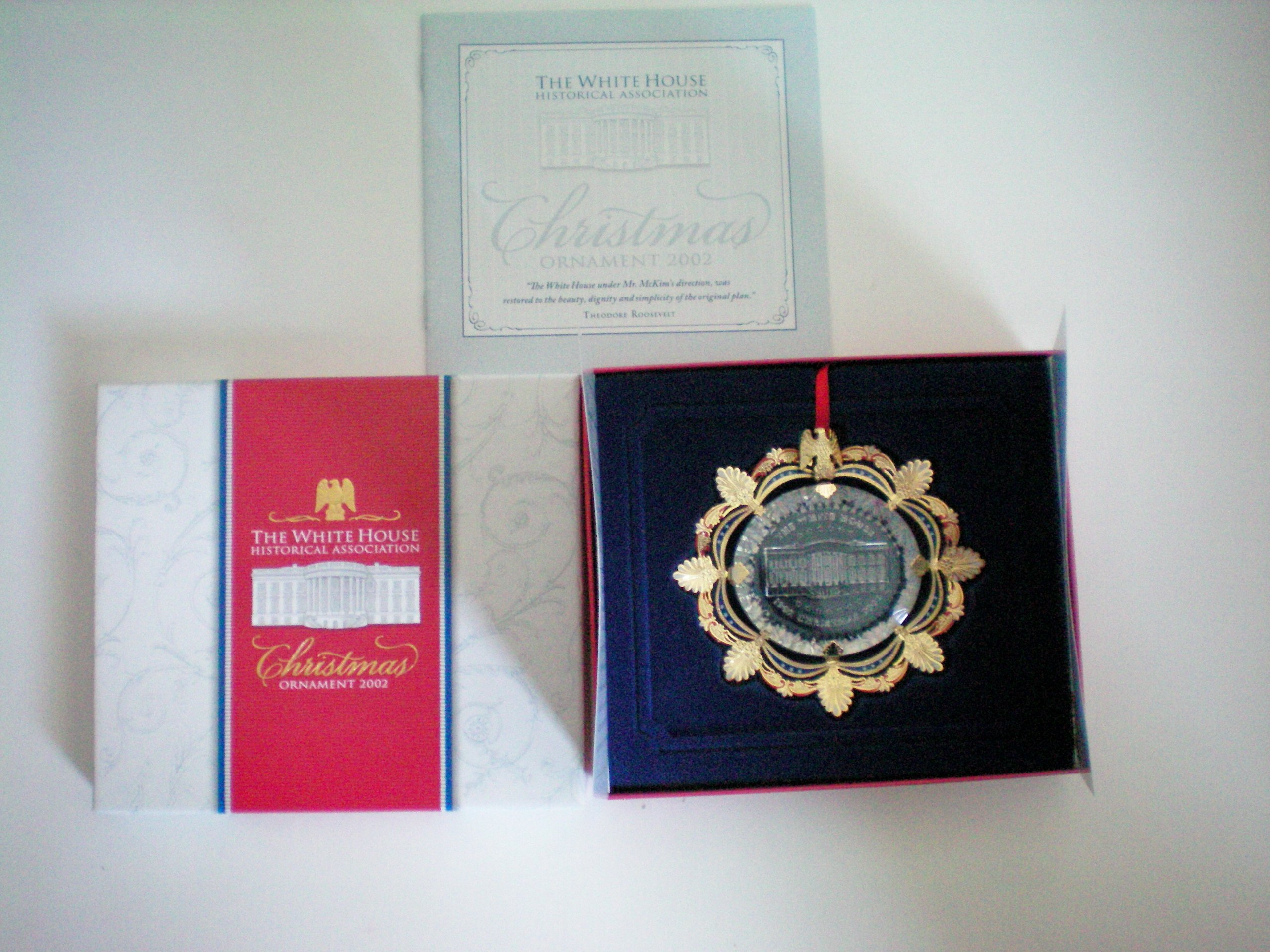 Highly Collectible – The White House Historical Association Christmas Ornament 2002 – New In Box With Paperwork – As Shown