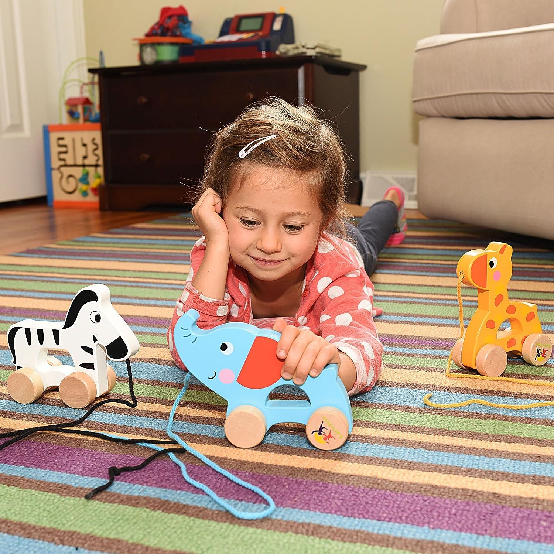amazon com wooden pull along toy set of 3 beautiful giraffe