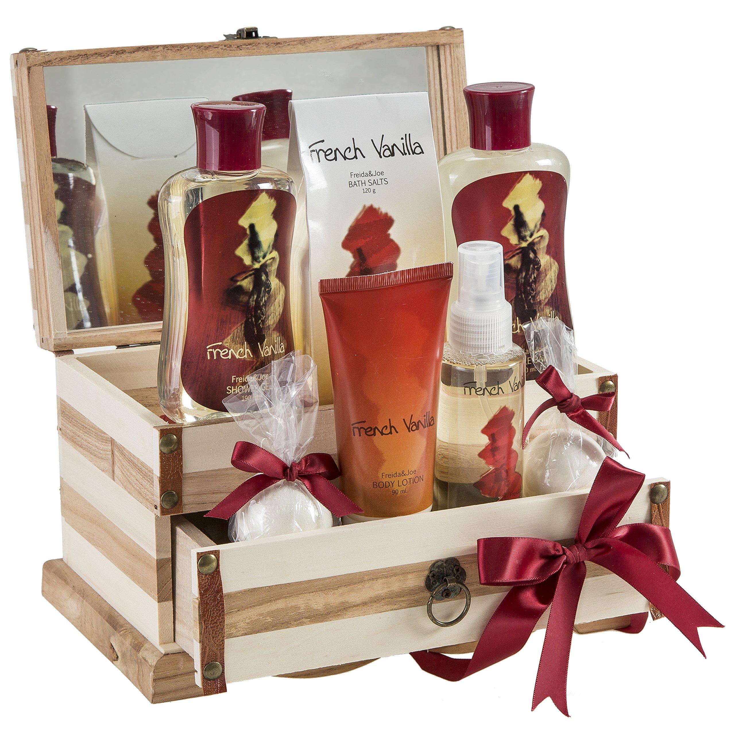 French Vanilla Bath Set, Essential Bath and Body Basket: 2 Vanilla Bath Bombs, Vanilla Body Lotion, Body Spray, Bath Salts, Shower Gel, Bubble Bath, in A Luxury Wooden Jewelry Box - Gift for Women