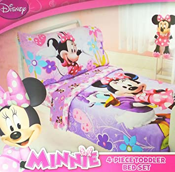 best sneakers 90495 69a05 Amazon.com : Disney Minnie 4 Piece Toddler Bedding Set : Baby