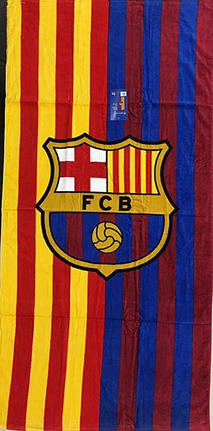 Amazon Com Mes Que Un Club Fc Barcelona Soccer Team Two Tone Beach Towel Home Kitchen