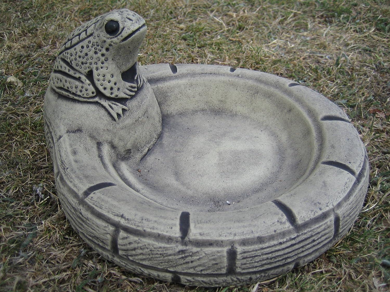Frog bowl bird bath drinker stone garden ornament