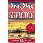SEA, SKY, & SKELETON: A Ravenwood Cove Cozy Mystery (book 4) (English Edition)