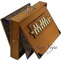 Shruti Box Manoj Kumar Sardar nr. 2, concertkwaliteit, groot model 39 x 30 x 8 cm, teakhout, ladder C 3 tot C 4 stemming…
