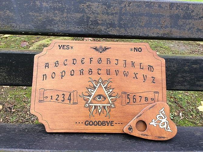 Ouija 3er ojo grabado y pintado a mano