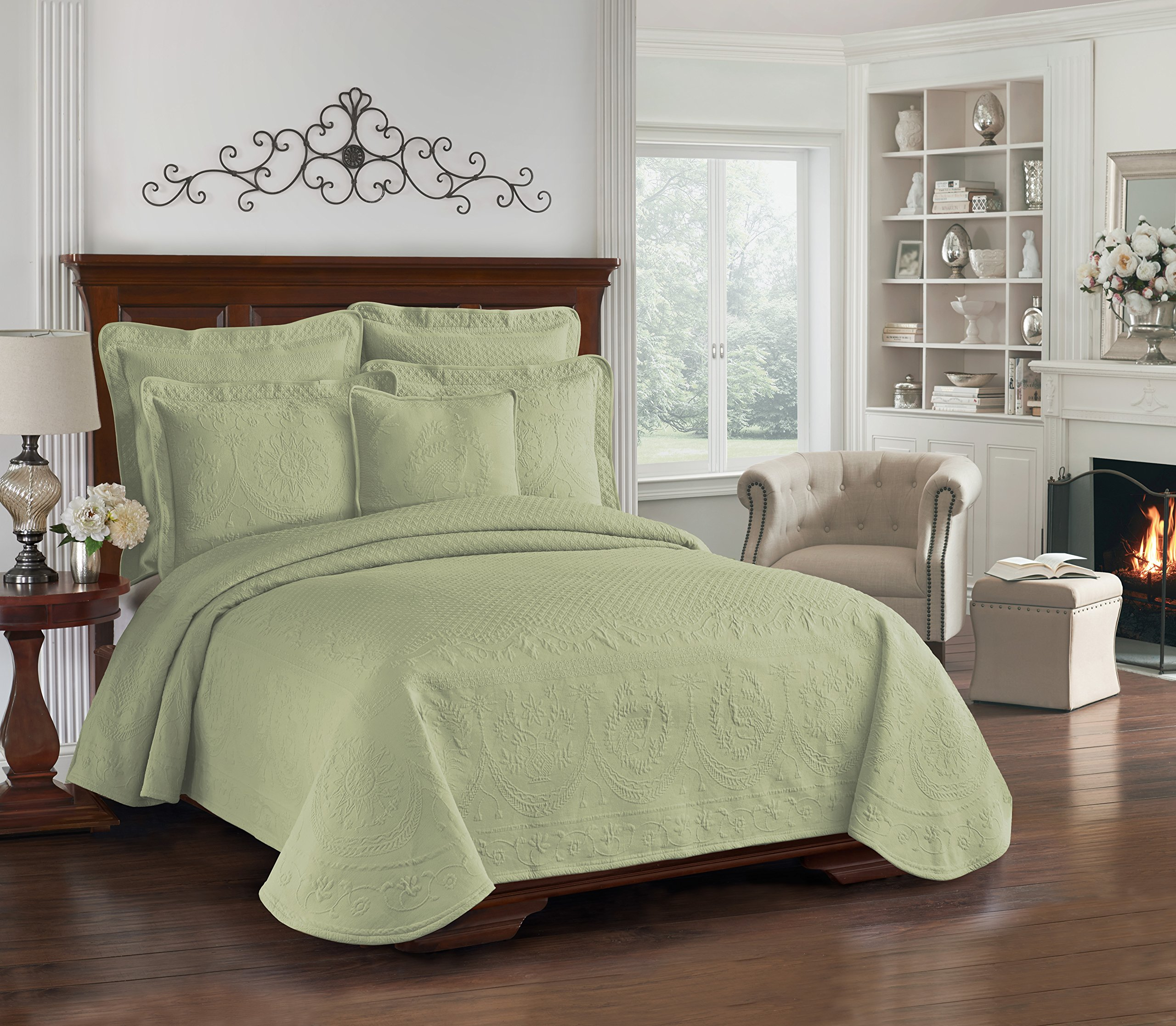Historic Charleston 13991BEDDKNGSAG King Charles Matelasse 108-Inch by 96-Inch King Coverlet, Sage