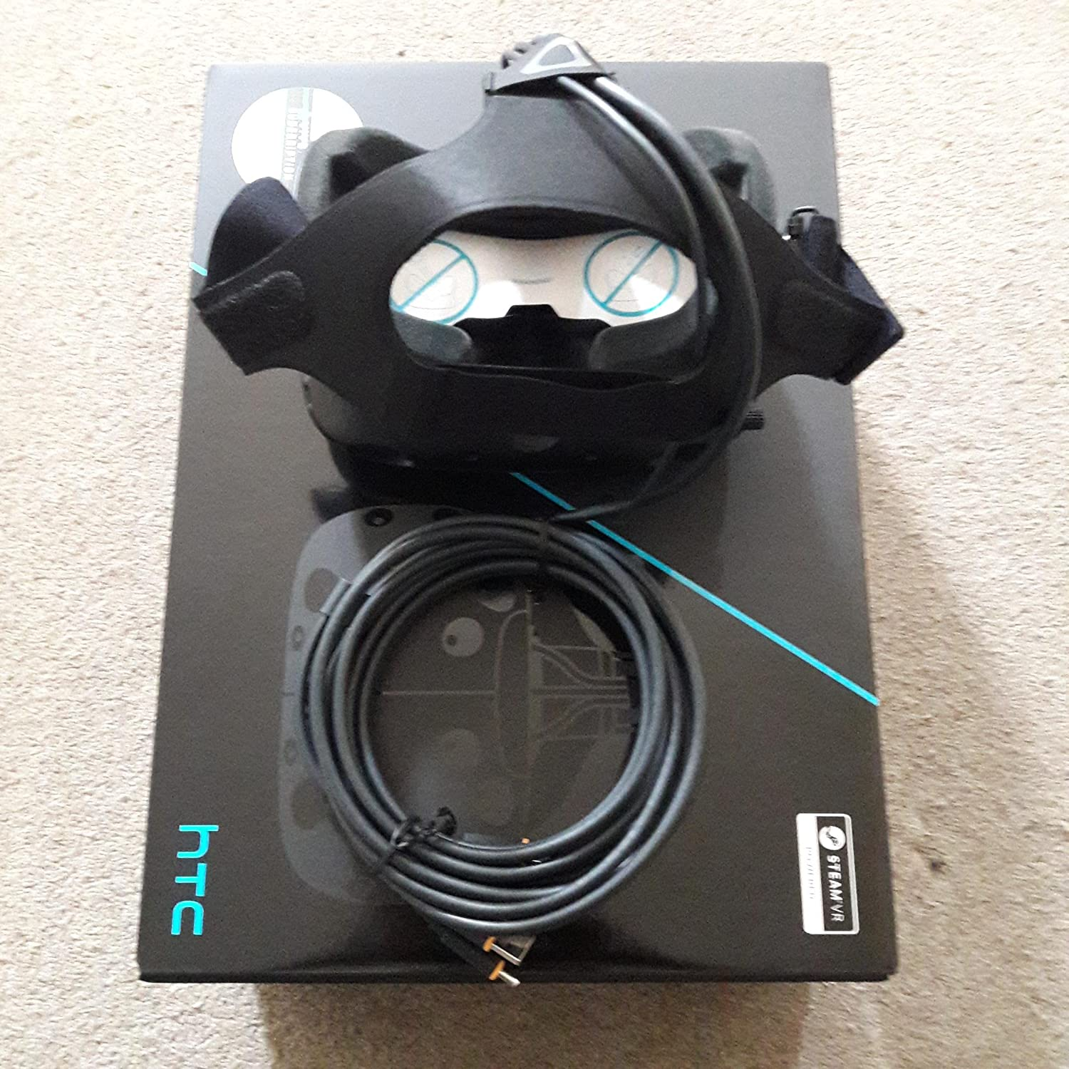 HTC Vive VR Virtual Reality Headset Gaming System: Amazon co