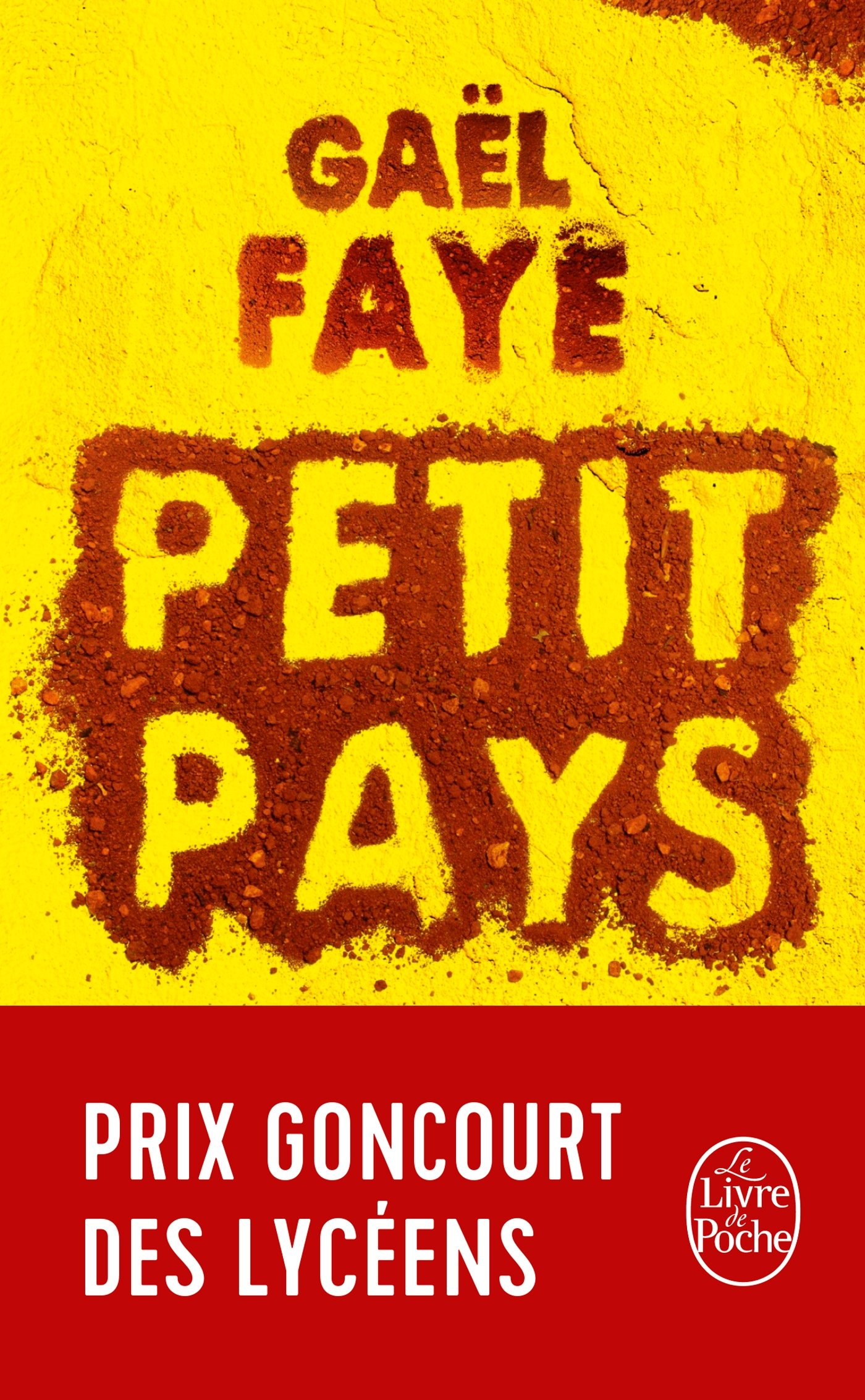 Petit Pays Amazon Co Uk Gael Faye 9782253070443 Books