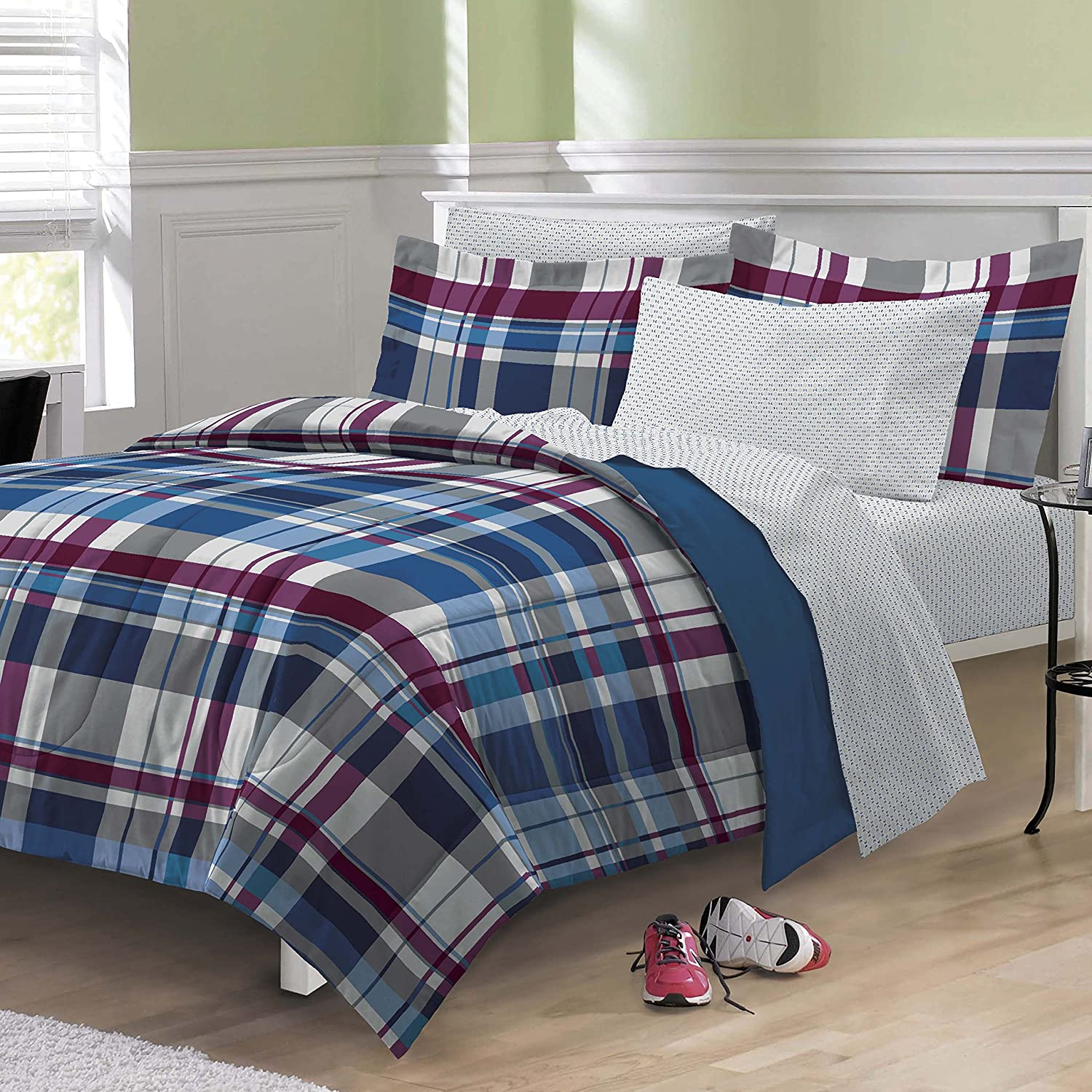 amazoncom my room varsity plaid ultra soft microfiber comforter bedding set twin home u0026 kitchen