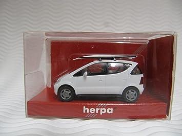 Herpa 022415 - MB A-KL. con tabla de surf + baca: Amazon.es: Juguetes y juegos