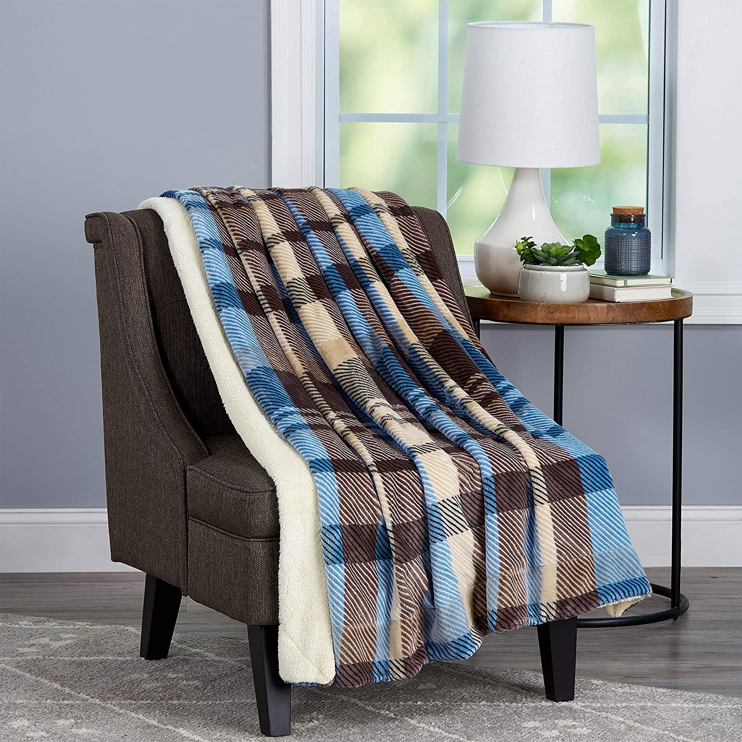 Bedford Home Blanket Oversized Plush Woven Polyester Sherpa Fleece Plaid Throw – Breathable and Machine Washable, Horizon