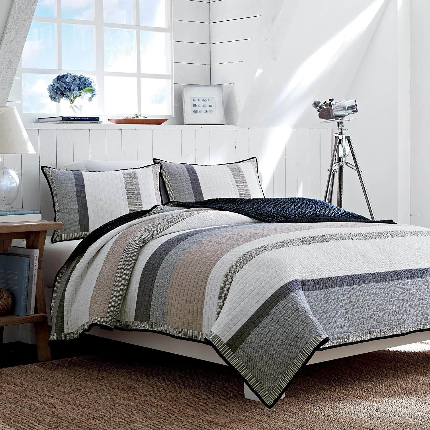 Amazon.com: Nautica Tideway Reversible Quilt, Full/Queen, Tan/Grey ... : quilts and coverlets queen size - Adamdwight.com