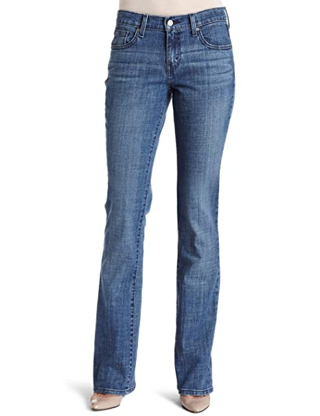7cd76df6 Levi's Women's 515 Bootcut Jean at Amazon Women's Jeans store