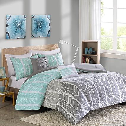 Good Intelligent Design Adel Comforter Set Full/Queen Size   Aqua, Light Grey,  Grey