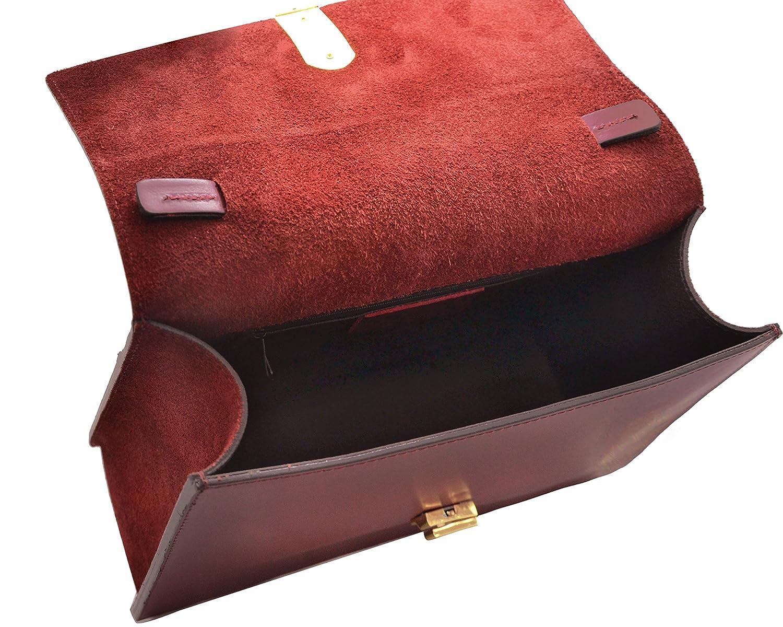 edc2bce9dd0 GIORGIA Italian Flap handbag light gold chain accessory bicolor smooth  stiff leather Made in Italy  Handbags  Amazon.com